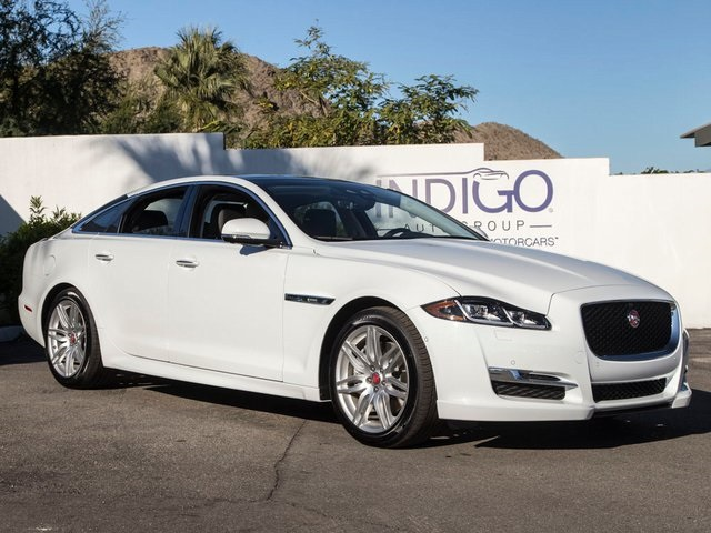 New 2019 Jaguar XJ R-Sport With Navigation
